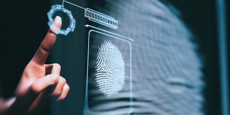 Les outils de signature électronique permettent de sécuriser la signature, que ce soit du côté des signataires ou du côté des entreprises.